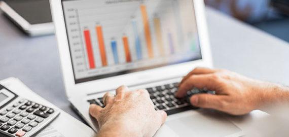 zaliczki na podatek dochodowy laptop